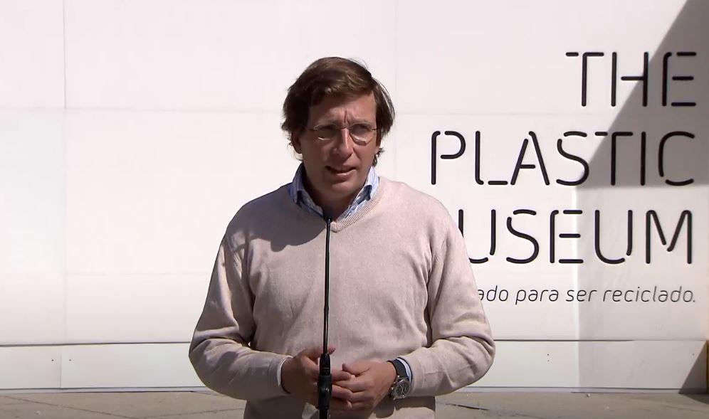 almeida inaugura museo del plastico